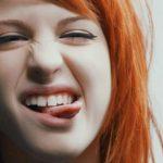 Стоматологи развеяли миф о чистке языка
